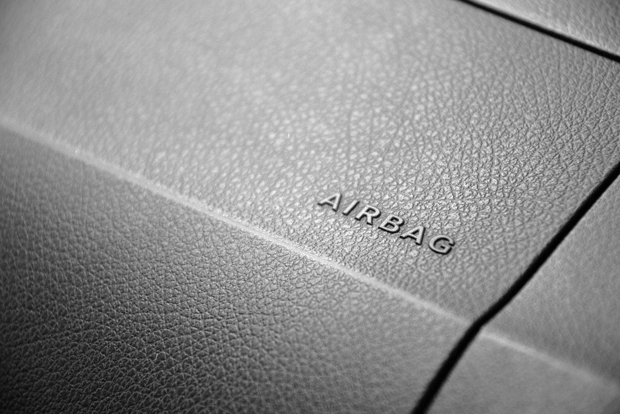 Al debutto il primo airbag al mondo per la protezione nelle collisioni multiple